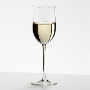 Flared rim style wine glass